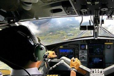 ใครสนใจอยากเป็นนักบินฟังทางนี้ คอร์สติวสอบ Student Pilot Available Now!