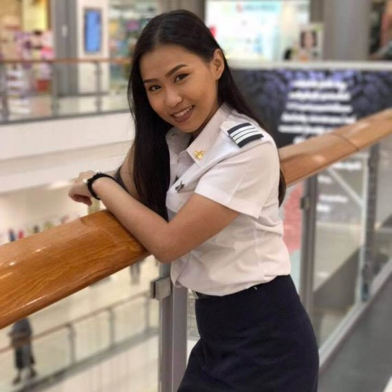 Engineer Tutor Family นางสาว วิภาดา ปั้นแนว คณะเทคโนโลยีการบินบัณฑิต (AVM) สถาบันการบินพลเรือน